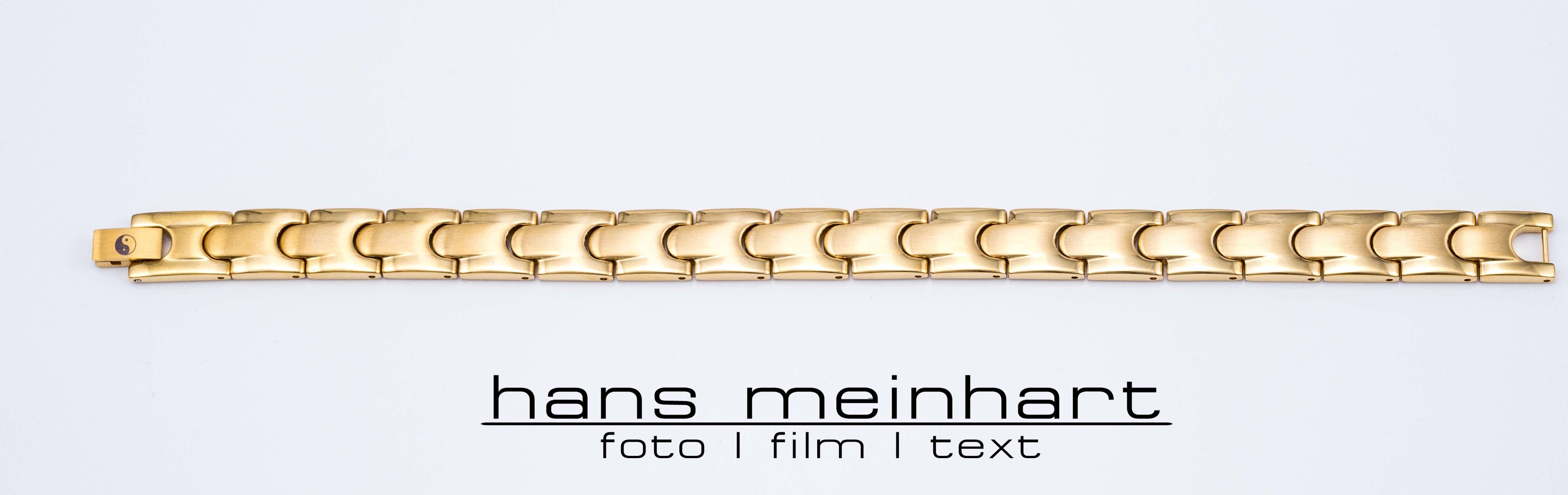 Produktbilder für Onlineshop und Flyer für Armketten