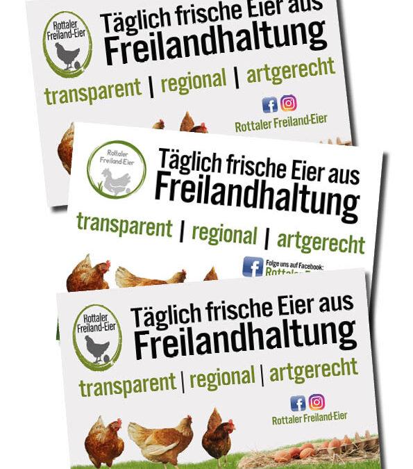 Großer PVC-Werbebanner für einen Bauzaun – Rottaler Freiland-Eier